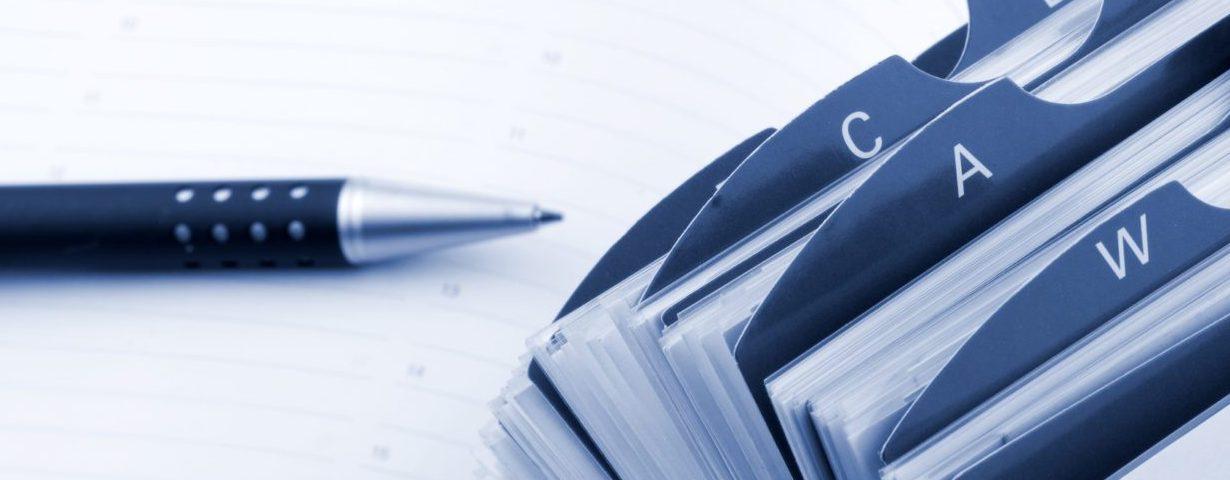 crayon et annuaire de contacts
